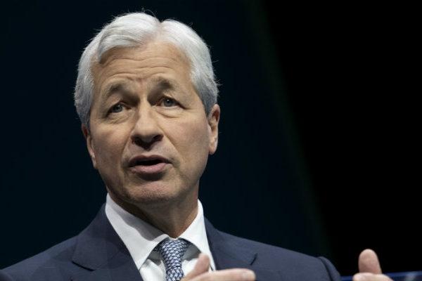 JPMorgan culpa a tensión comercial de volatilidad en la bolsa
