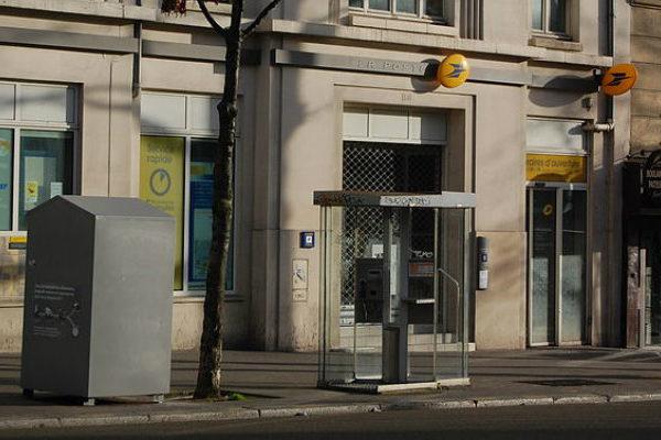 Multan con €50 millones a banco francés por fallos en lucha antiterrorista