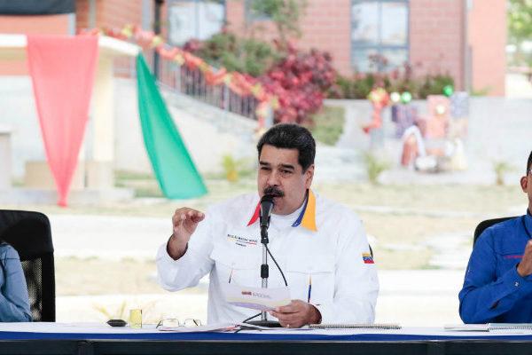 Maduro acusa a grupos entrenados en Colombia por apagones en Venezuela