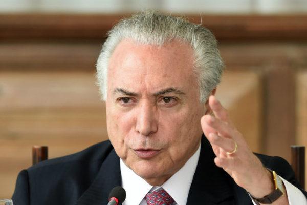 Juez ordena liberar a expresidente brasileño Michel Temer