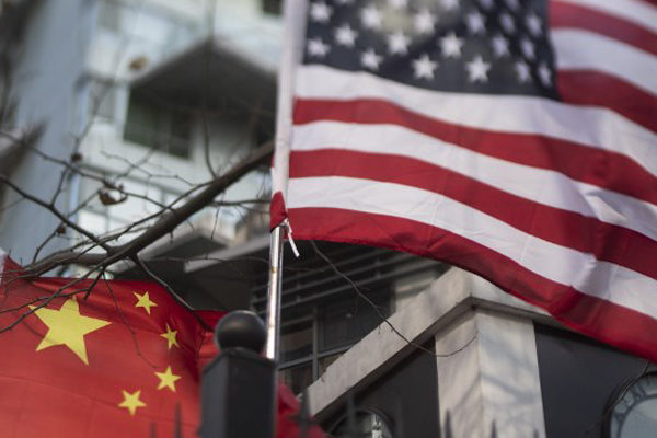 China toma medidas de represalia contra medios de comunicación de EEUU
