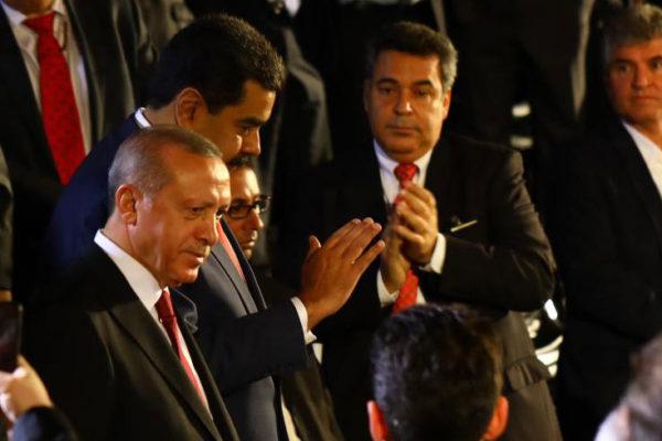 Erdogan: Vamos a cubrir la mayoría de las necesidades de Venezuela