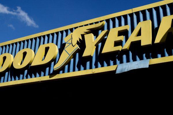Goodyear estatizada prevé producir 30.000 cauchos mensuales este trimestre