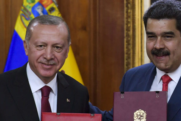 Turquía confirma a Maduro nuevo cargamento de insumos médicos
