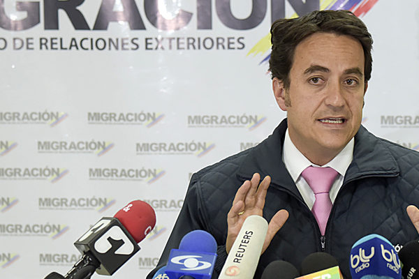Colombia prohíbe entrada a más de 200 colaboradores del gobierno de Maduro