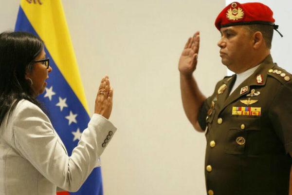 Juramentan a Gustavo González López como consejero de seguridad presidencial