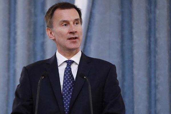 Canciller británico dice que UE está abierta a renegociar acuerdo del Brexit