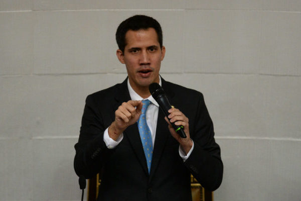 Guaidó convoca a manifestaciones para protestar por apagón