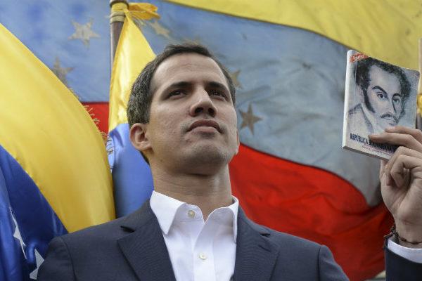 Guaidó se fortalece con reconocimiento europeo