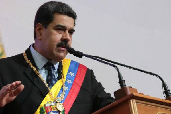 Maduro promete abrir empresas estatales a la inversión privada