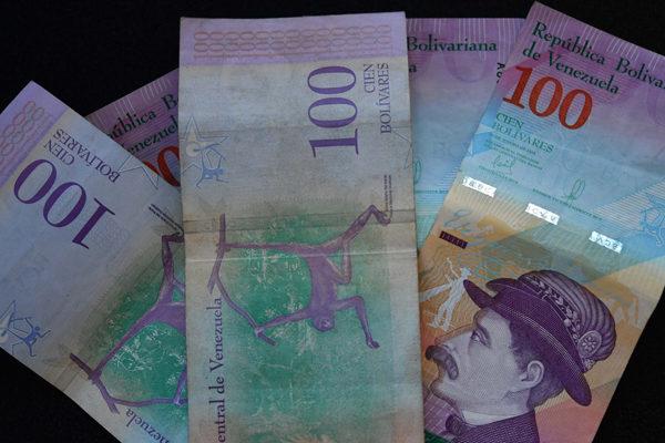 En mayo entraron en circulación 11 veces más billetes de Bs 100
