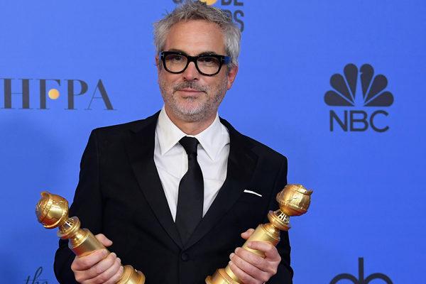 Alfonso Cuarón celebra dos Globos de Oro con Roma