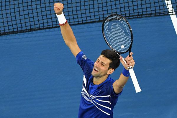 Djokovic vence a Tsitsipas y gana su tercer torneo de Madrid