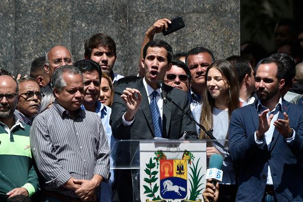 Guaidó dice que expulsión de embajador es una amenaza a Alemania