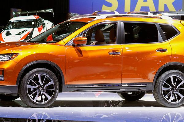 SUV, camiones y carros deportivos, los protagonistas en el salón de Detroit