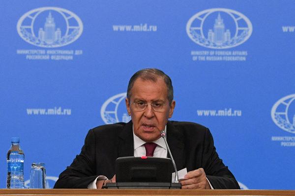 Rusia denuncia la política