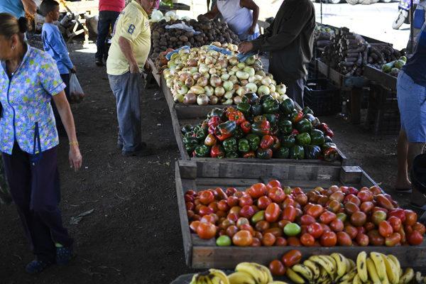 Cesta Petare de alimentos básicos aumentó a Bs.26.580.000 o US$24,22