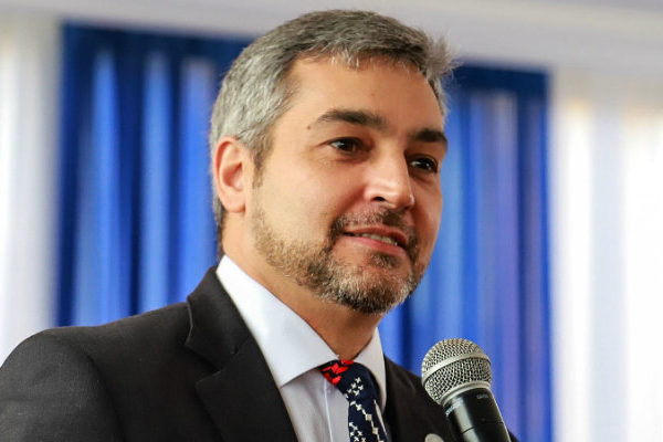 Presidente de Paraguay: «Venezuela es mal administrada por un hombre nefasto»