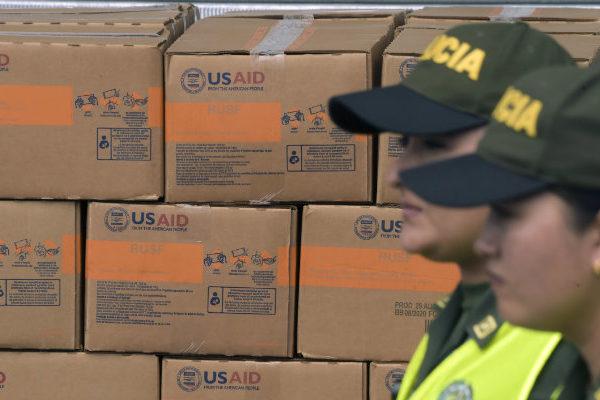 Ayuda humanitaria de EEUU a Venezuela se distribuirá en Colombia
