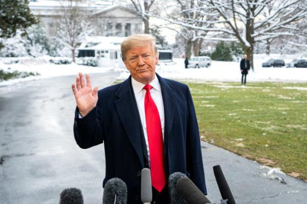 Trump exige «cara a cara» con denunciante anónimo del «Ucraniagate»