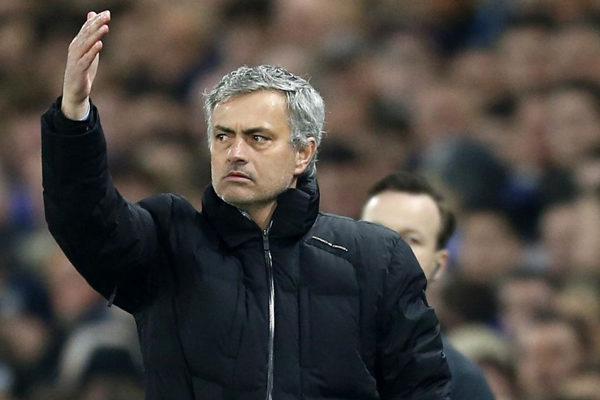 Despido de Mourinho costó al United 22,2 millones de euros