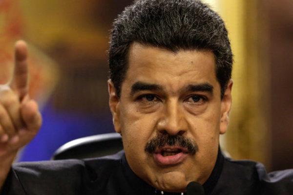 Venezuela rechaza sanciones de EEUU y le acusa de amenazar a los militares