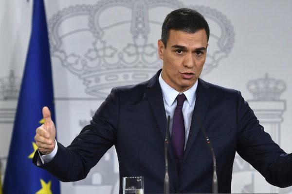 Sánchez elevará impuestos para enfrentar el impacto de la pandemia en España