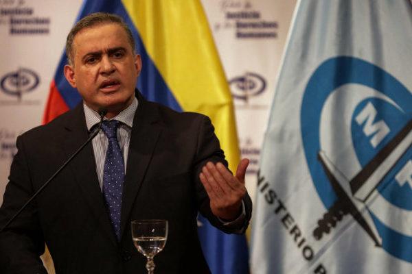 Saab dice que EEUU lo amenaza de muerte por sus acciones contra Guaidó