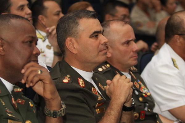 EEUU sancionará a familiares de militares en el exterior si hay violencia el 23F