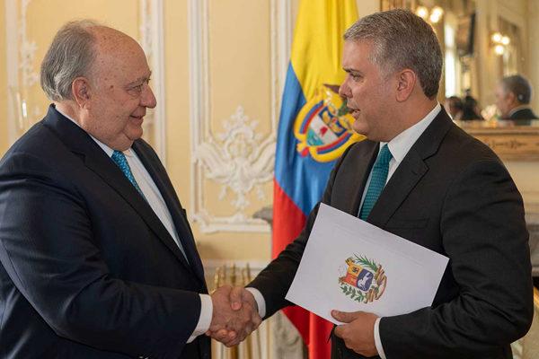 Duque recibe credenciales de embajadores de Irlanda, Dominicana y Venezuela