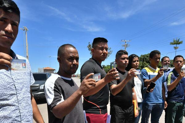 Otros tres sargentos y un policía venezolanos desertan hacia Brasil