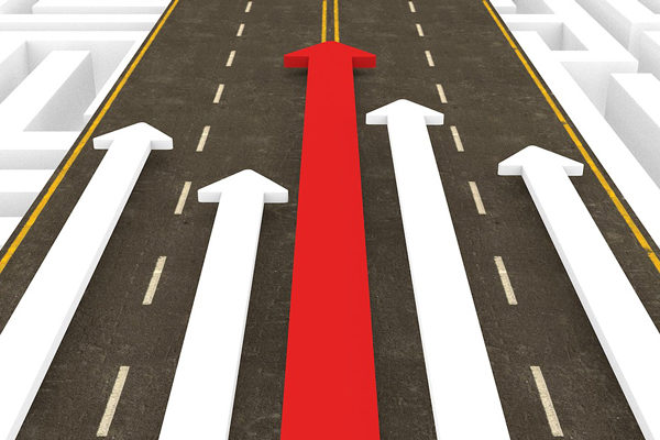 PwC: 76% de líderes empresariales prevé recuperación de la economía global en 2021