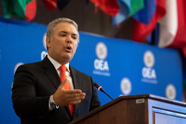 Duque exhorta en la OEA a estrechar el cerco diplomático contra Maduro