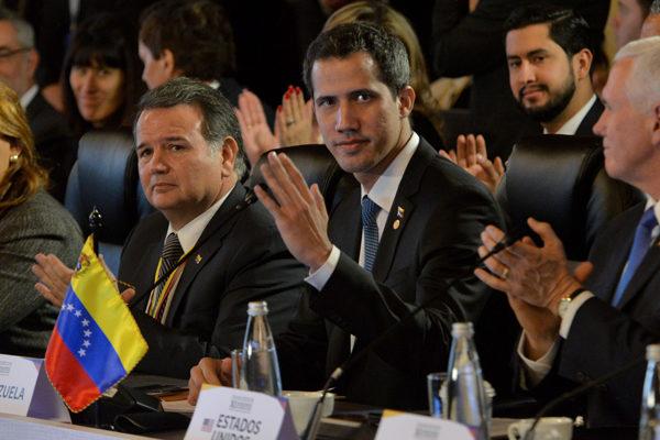 EEUU ratifica apoyo a Guaidó en reunión con principales partidos opositores