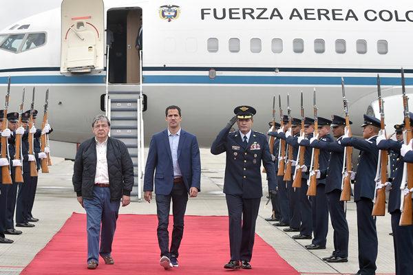 Guaidó llega a Bogotá para asistir a cumbre del Grupo de Lima