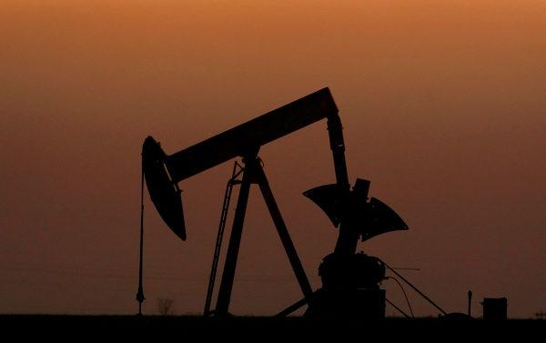 Crudo Brent se recupera sólidamente hasta US$31,72 por barril