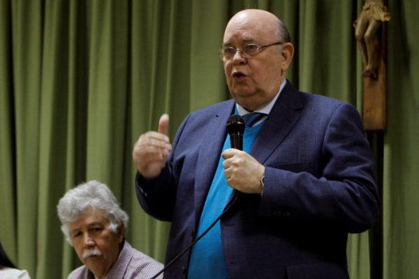 Antonio Ecarri pide a la UE mantener reconocimiento a Juan Guaidó