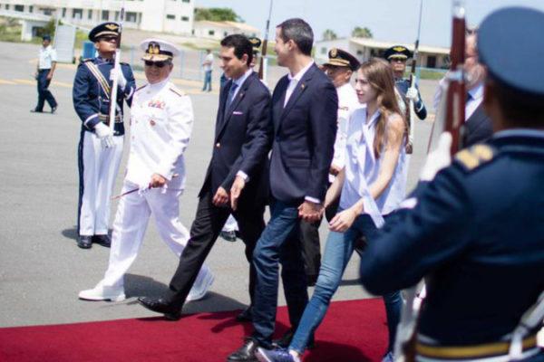 Guaidó emprende regreso a Venezuela desde Ecuador