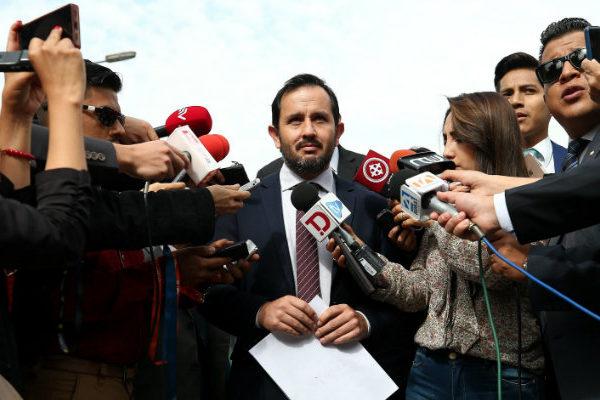 Gobierno de Ecuador presenta documentos de financiamiento venezolano a Correa