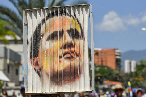 Comenzaron liberaciones y habló Guaidó: Fue una