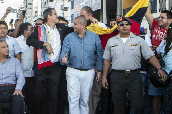 Guaidó convoca movilizaciones para lunes y martes de Carnaval