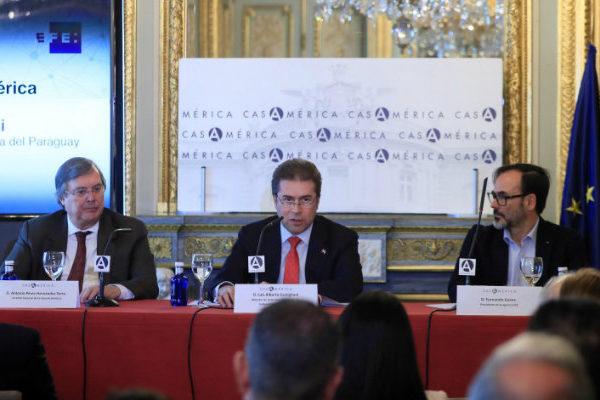 Paraguay rechaza diálogo con Maduro pues sería un balón de oxigeno para él