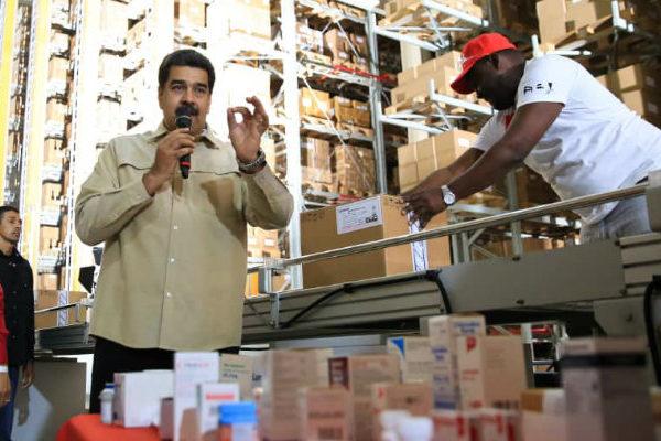 Maduro obvia rechazo inicial y ahora pide ayuda de US$1.000 millones al FMI