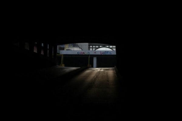Venezuela sobrepasa las 50 horas con fallos eléctricos