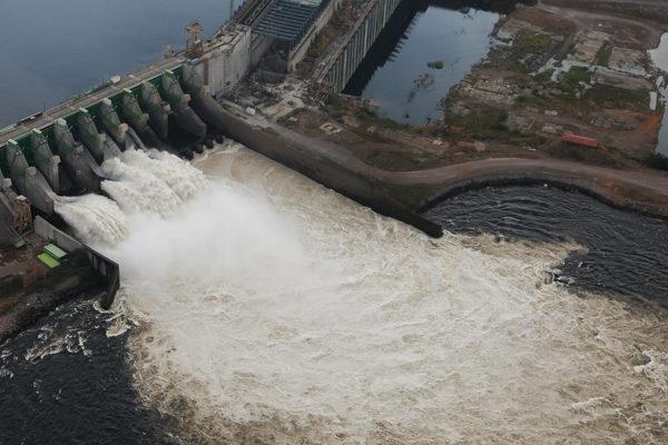 Explotación minera afecta al sistema Guri que genera 70% de la electricidad del país