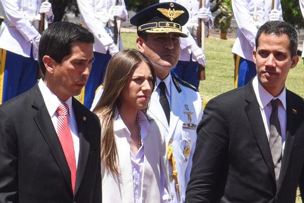 Esposa de Guiadó se reunirá en Perú con autoridades y migrantes venezolanos