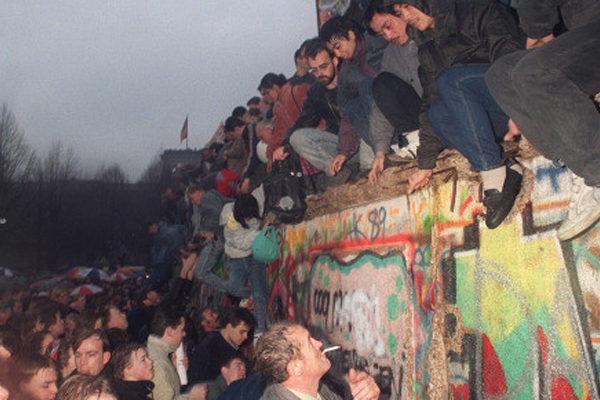 Cae el Muro de Berlín en Venezuela