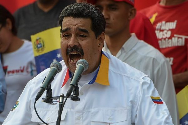 Maduro pide a militares brasileños detener