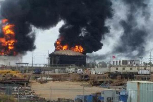 Explotan dos tanques de diluyentes en Petro San Félix