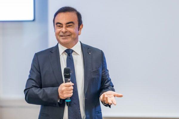 Abogado japonés de Ghosn se sintió «traicionado» pero entiende su fuga